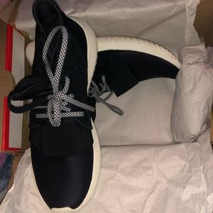 adidas Shoes - Adidas Women's Tubular Sneaker